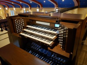 Allen Organ G340DK - St. Stephen Catholic Church, East Grand Rapids, MI